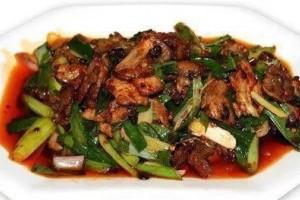 四川的下饭菜盐煎肉滋味十分地道喜爱川味的不能错失